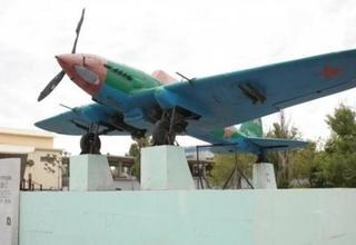 В Новороссийск после реставрации привезли памятник штурмовику Ил-2